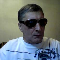Парень из Москвы. Ищу девушку, которая сделает минет в обмен на куни